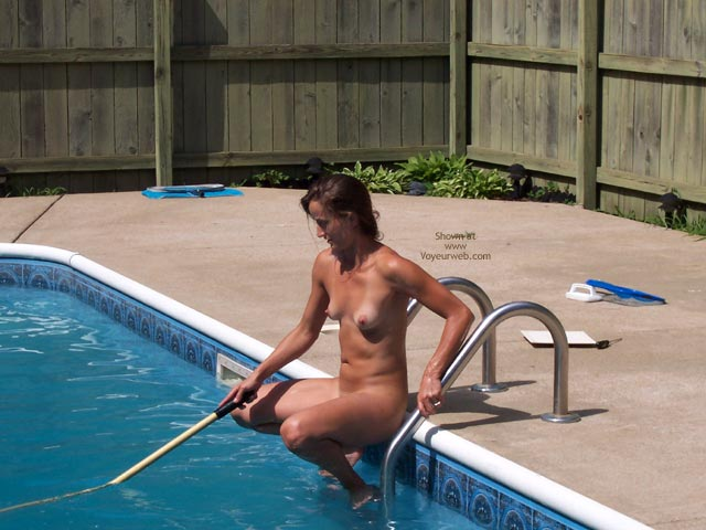 Pic #5 - Tammy By The Pool