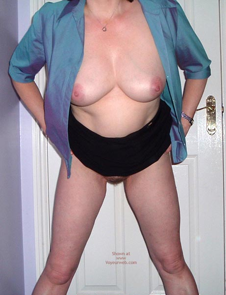 Pic #4 - Not So Shy Susan Goes Commando! 1