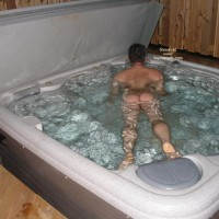 M* For The Wormen Man In Hot Tub