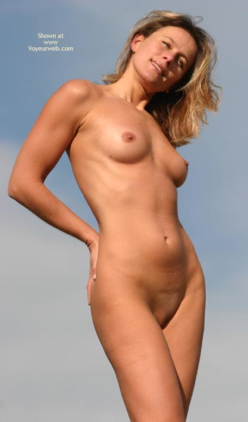 Pic #1 - Classic Pose Shaved Pussy - Shaved Pussy , Classic Pose Shaved Pussy