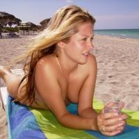 Pretty Face - Blonde Hair, Long Hair, Topless