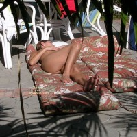 Nude Wife:Sunbathing