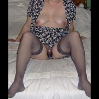 Bottomless Wife:Having Fun