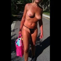 Nude Amateur:A Day At The Lake