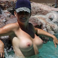 Nude Wife:Day At The Pool