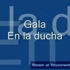 Nude Wife:Gala En La Ducha