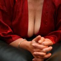 Topless Wife:Wifey