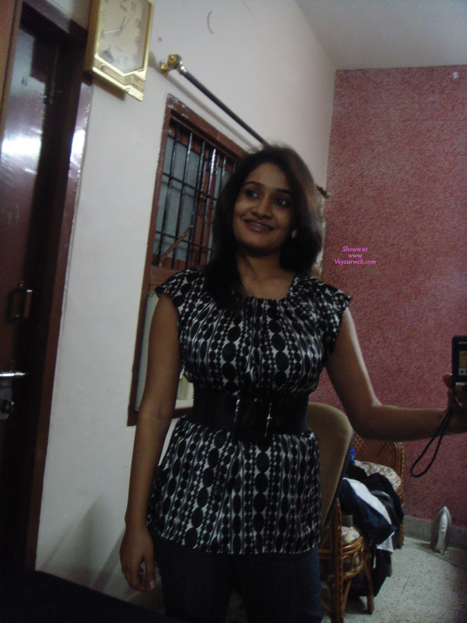 Pic #1 - Sowmya - Naughty Indian Wife , Sowmya, My Friends Wife, Sends Me These Teasers, Comment More And Get More.........