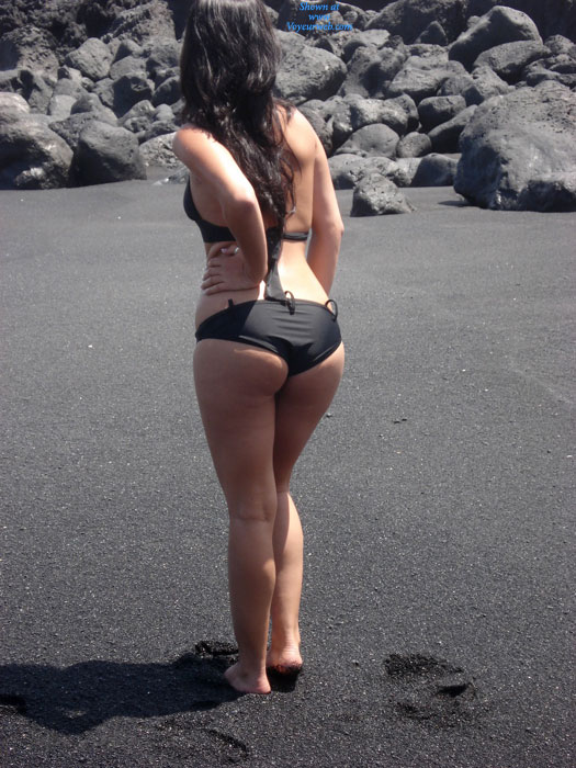 Pic #1 - Deep Blue Sea 1 , I'm A Lover Daughter Of 26 YO Who Loves Exhibitionism With My Parents. We Live In Canary Islands, Spain. This Pics Were Taken By My Mom.  I Hope You Like My Pics And To All Users, Vote For Me To Win The First Price! Kisses!