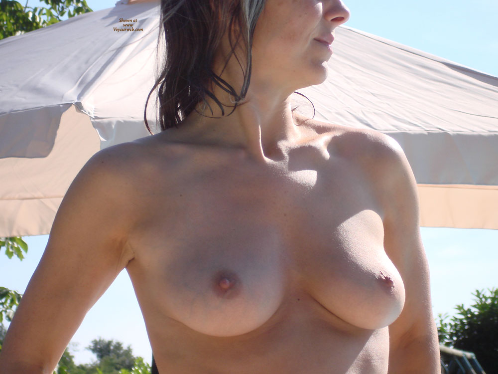Pic #1 - Enjoy These Lovely Tits , Summertime At The Pool