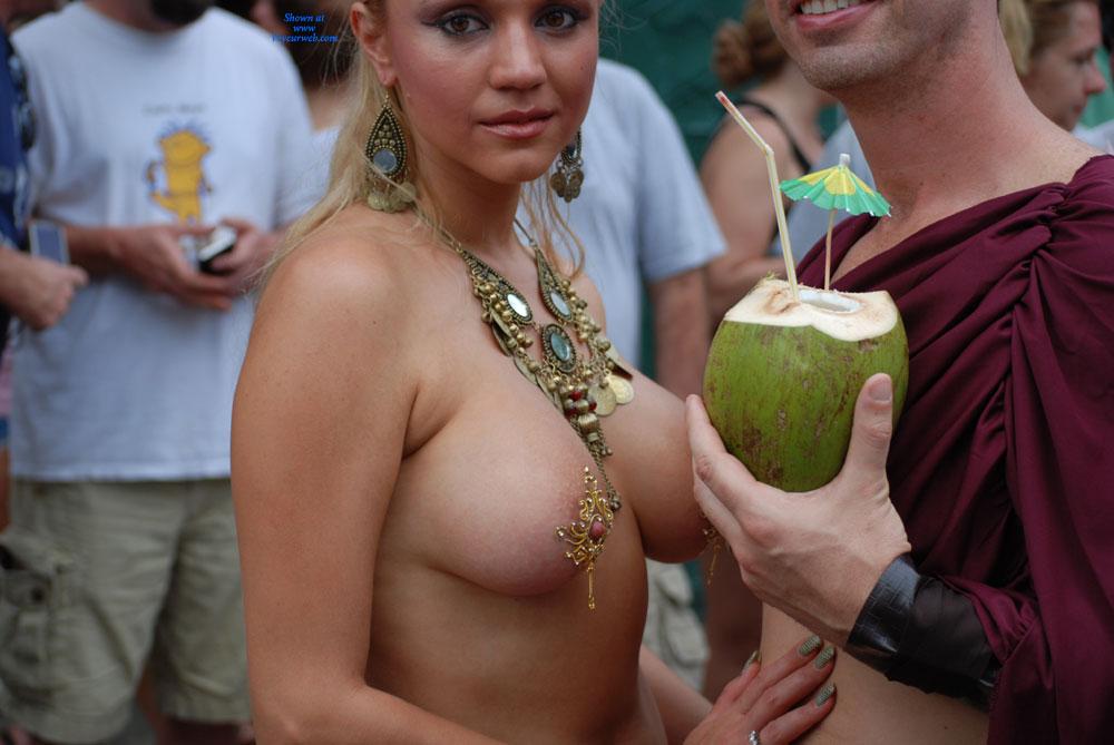 Pic #1 - Jugs & Nuts - Blonde Hair, Long Hair, Topless , Jewelled Nipples, Topless In Public, Large Breast, Pierced Nipple, Long Nipple, Festival Voyeur, Jeweled Jugs, Nice Nipples