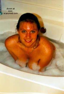 Pic #1 - Busty Bubbles