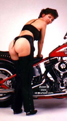 Pic #1 - Sexy Rear on a Harley