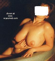 Pic #2 - Nuda      Spa Wife II