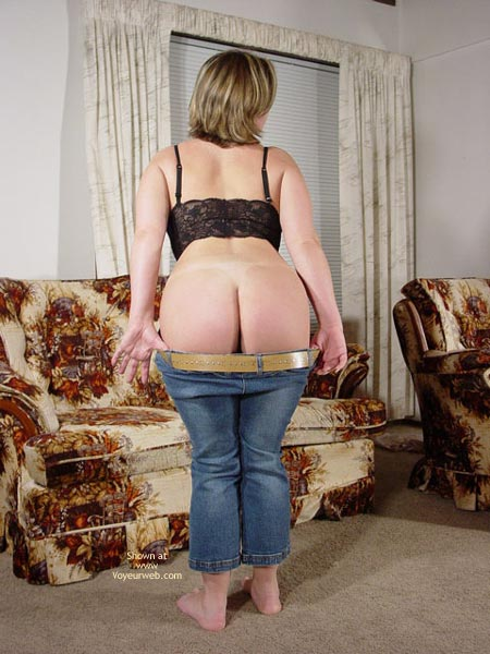 Pic #4 - At : Blue Jeans And A Black Bra