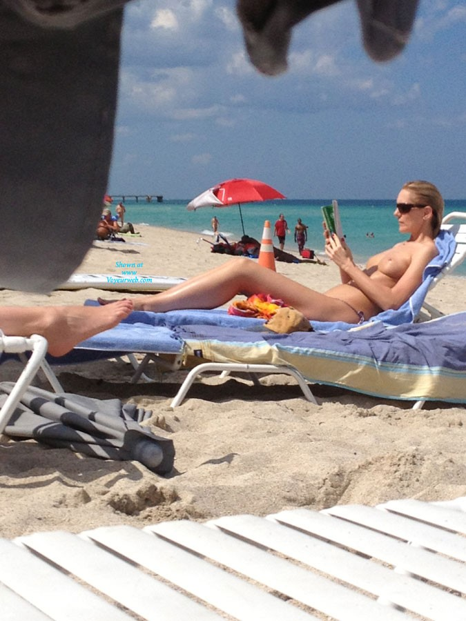 Pic #1 - Haulover Beach Babes! - Beach Voyeur , Went To Haulover Last Week And Caught A Few Babes With My IPhone