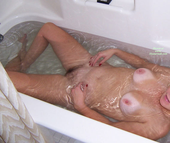 Pic #1 - 40 Milf At Home , Various Shots Around The House