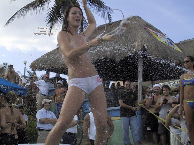 Pic #3 - Cancun 2003 Spring Break : Bikini Contest I