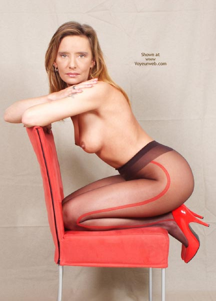 Pic #3 - Susy Rocks For The Pantyhose Lovers