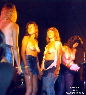 Pic #7 - Tit Contest