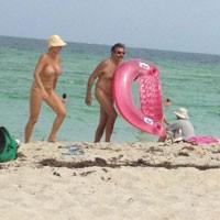 Asses @ Beach - Beach Voyeur