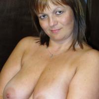 Medium tits of my girlfriend - Naughty Girl