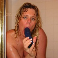 *ST DucatiHottie Showers with a New Friend!