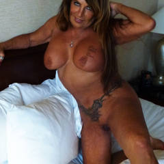 Large tits of my wife - Tripple D