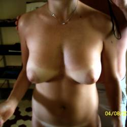 Medium tits of my girlfriend - Busty Claire