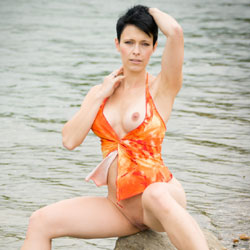 Flashing Nude At The Sea - Big Tits, Brunette Hair, Erect Nipples, Exposed In Public, Firm Tits, Flashing Tits, Flashing, Nipples, No Panties, Nude Beach, Nude In Nature, Perfect Tits, Pussy Lips, Shaved Pussy, Short Hair, Showing Tits, Spread Legs, Water, Beach Pussy, Beach Tits, Beach Voyeur, Hairless Pussy, Hot Girl, Pussy Flash, Sexy Body, Sexy Boobs, Sexy Face, Sexy Feet, Sexy Girl, Sexy Legs, Sexy Woman, Young Woman