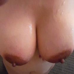 Tempting Big Tits - Big Tits, Erect Nipples, Firm Tits, Hard Nipple, Huge Tits, Large Breasts, Nipples, Perfect Tits, Showing Tits, Sexy Boobs
