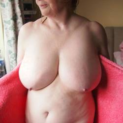 My very large tits - Caty