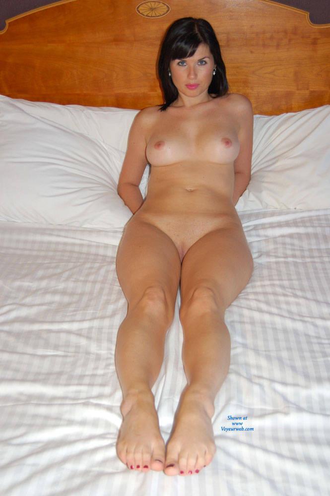 Pic #6 Posing - Big Tits, Brunette