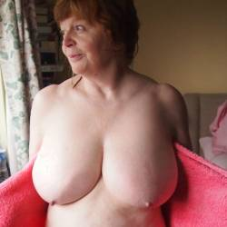My very large tits - Cate