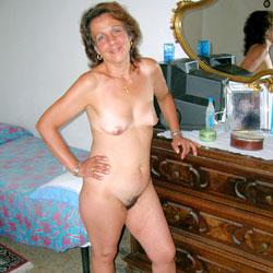 Daniela From Italy - Bush Or Hairy