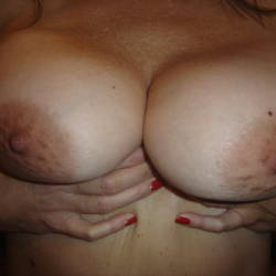Large tits of a neighbor - Test Girl