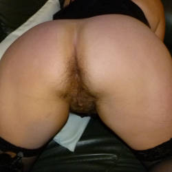 My wife's ass - Elly
