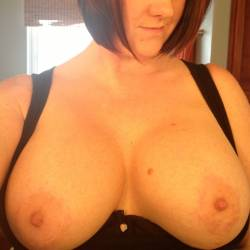 My very large tits - Amy36DD