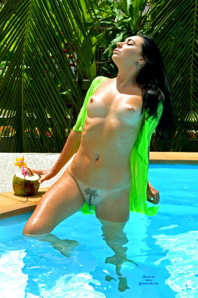 Pic #7 Coconut Paradise - Big Tits, Brunette