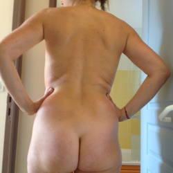 My wife's ass - Belle