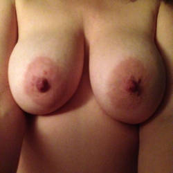 My very large tits - No-Strings