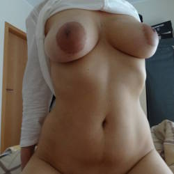 Very large tits of my wife - Elle