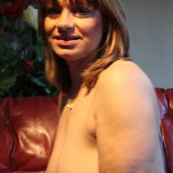 Large tits of a neighbor - Lopette