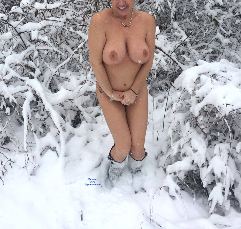 Pic #1 - Spring Snow - Big Tits , Big Boobs, Double D's, Nude, Outdoor Nudity, Big Ass Tits