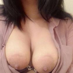 Small tits of my girlfriend - Michelle