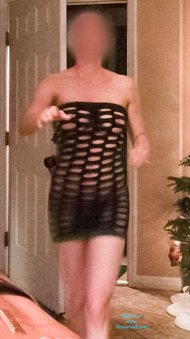 Pic #5 Answering The Door For Pizza - Brunette, See Through, Wife/wives