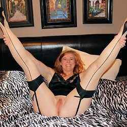 Redhead Showing Pussy on Bed - Bed, Redhead, Trimmed Pussy, Sexy Legs, Sexy Lingerie, Toys, Wife/Wives