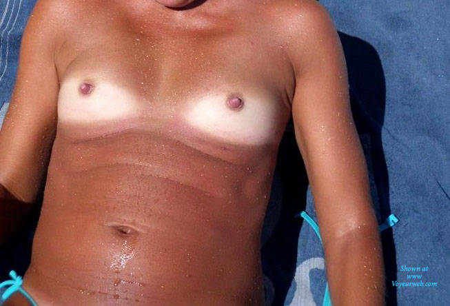 Pic #4 Maravilhosa - Outdoors, Topless Girls, Small Tits