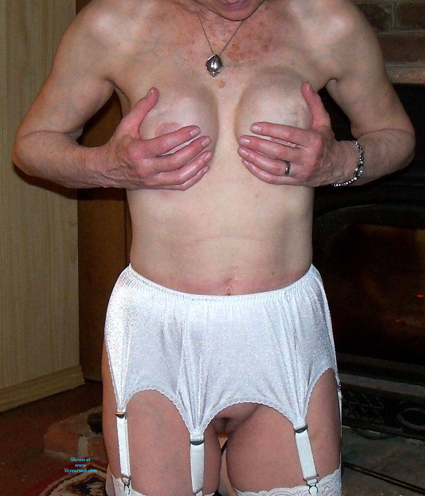 Pic #9 Granny In White Lace - Lingerie, Amateur