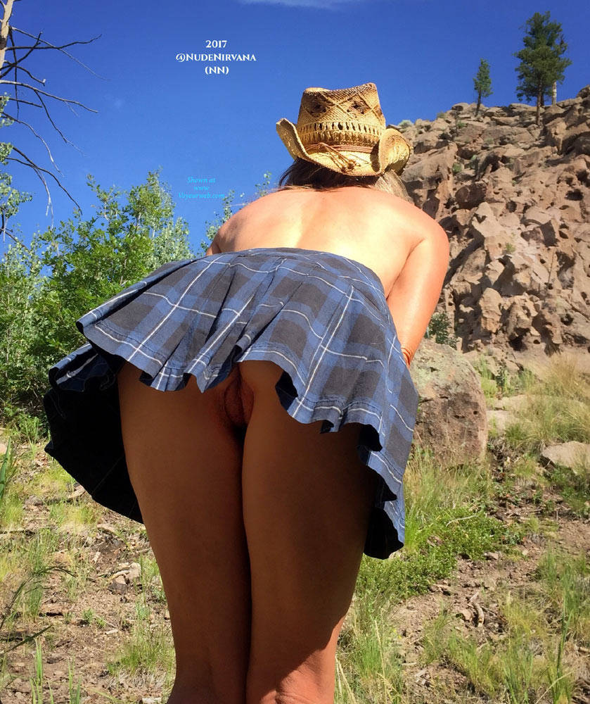 Pic #3 Nirvana Climbing - Nude Girls, Outdoors, Shaved, Nature, Amateur